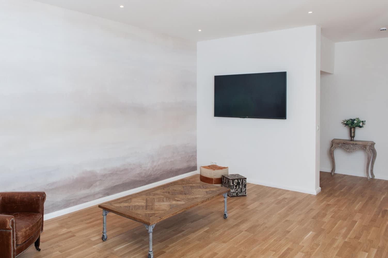 Toll_und_Toll_Wohnzimmer_Design_Wand_Farbe_Sanierung.jpg